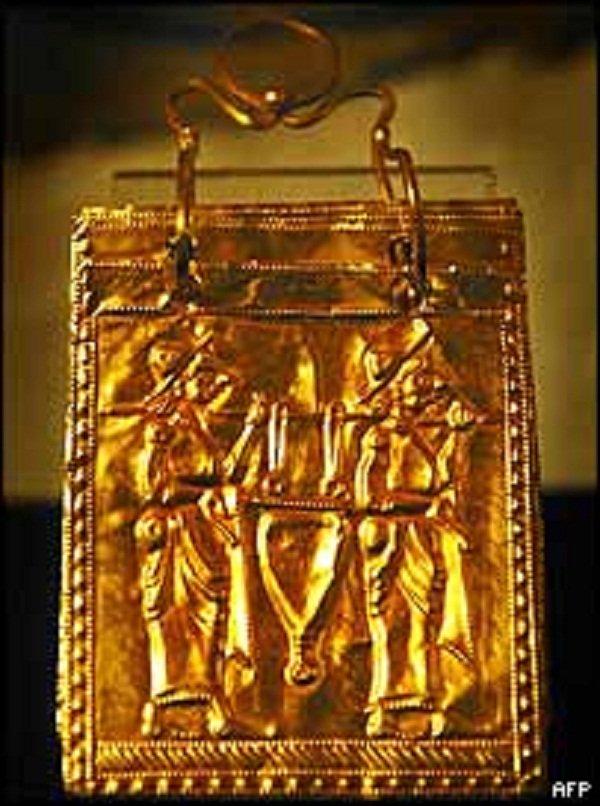 Златната книга – едно от чудесата на НИМ