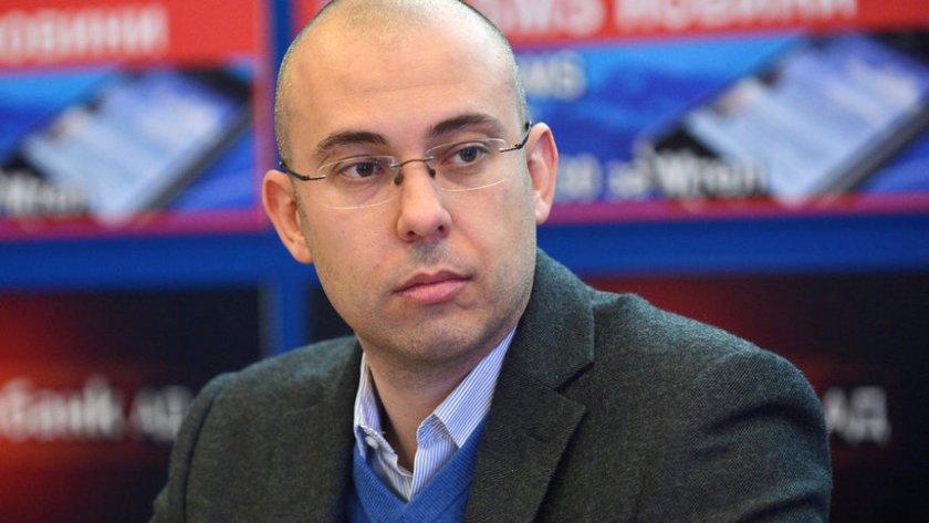 Калоян Стайков: Нормално е да се вдига цената на тока