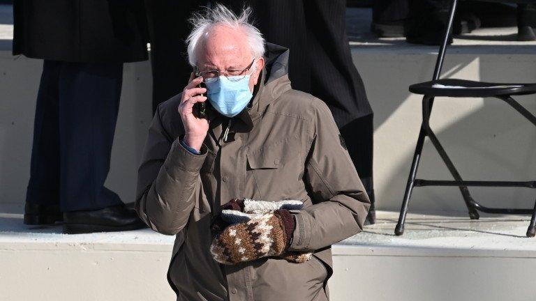 Бърни Сандърс събра $1,8 млн. долара със снимката с ръкавиците