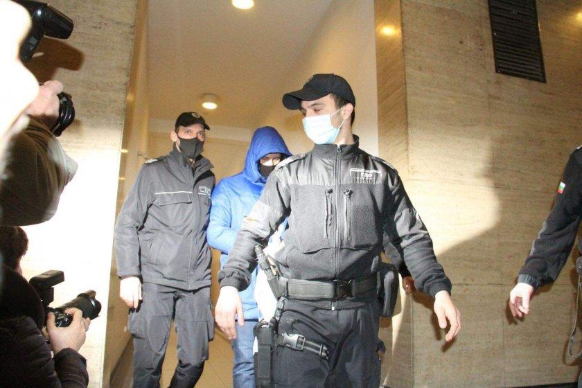 Адвокатът на Кристиан: Може някой да е сложил дрога в питието му (СНИМКИ)