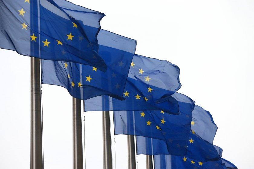 ЕС обсъжда въвеждането на имунизационен сертификат
