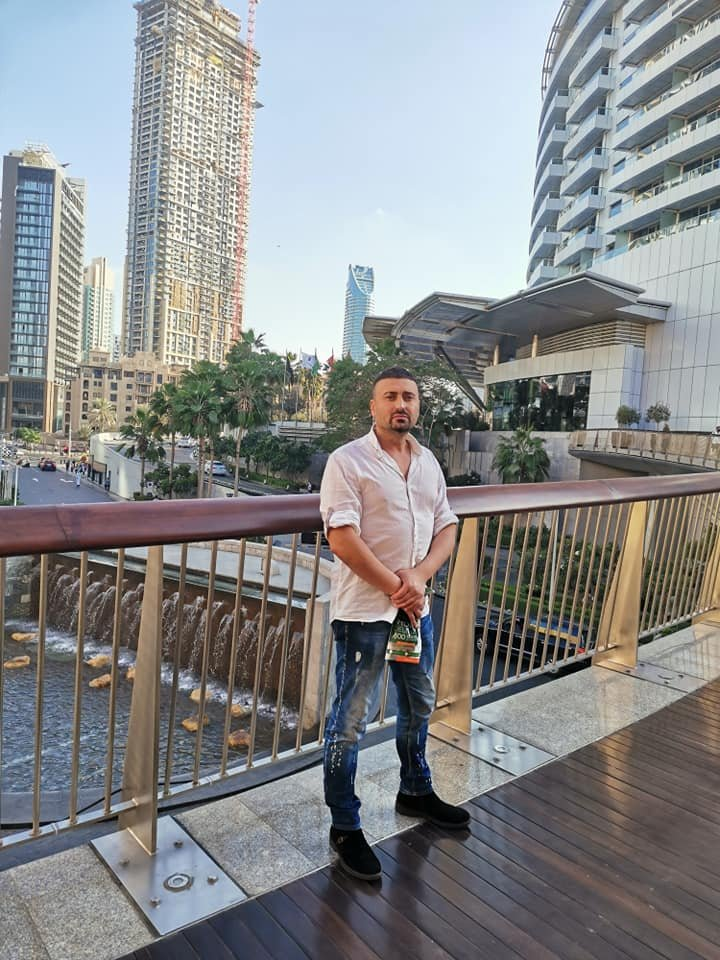 Само в Lupa.bg: Партийният хазяин на Черепа вее гащи в Дубай