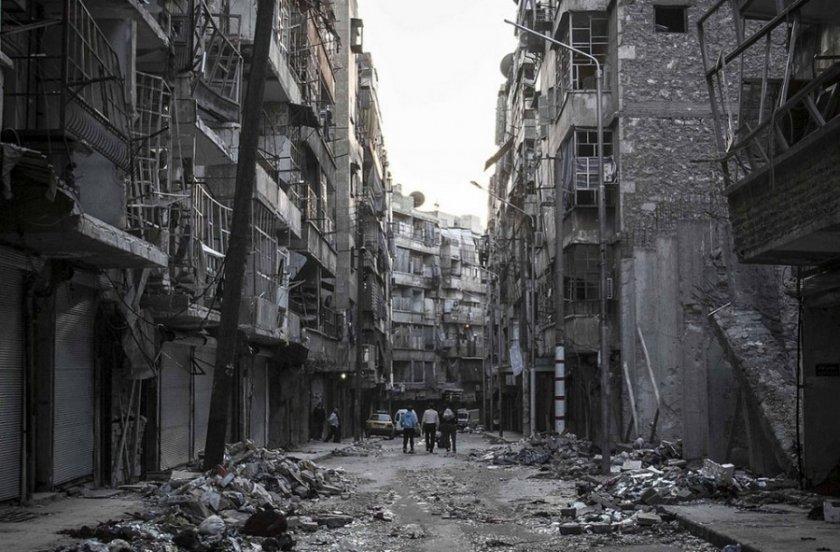 Две мини убиха най-малко 18 души в Сирия
