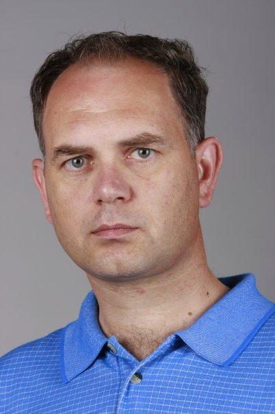 """Кадиев предупреди за изборна търговия с """"мъртвите"""" души в списъците"""