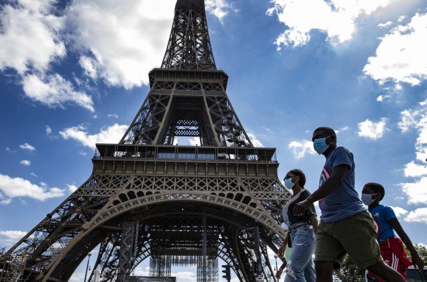 COVID-19 взе повече от 100 000 жертви във Франция