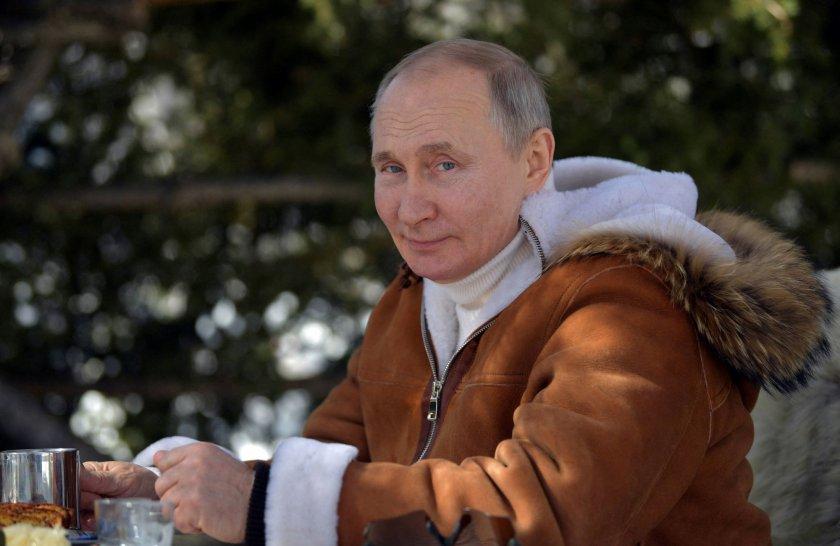 Путин налага санкции на САЩ