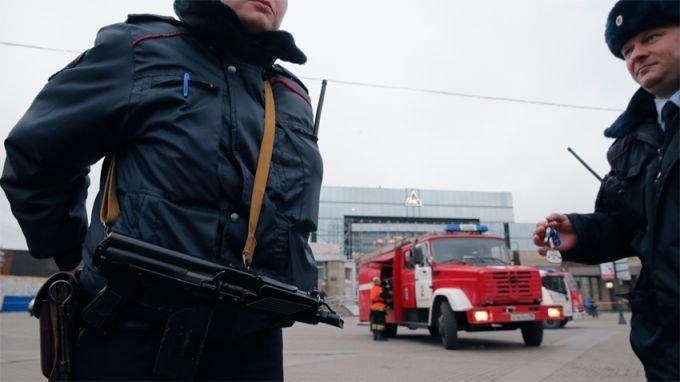 Напрежение: Задържаха украински дипломат в Санкт Петербург