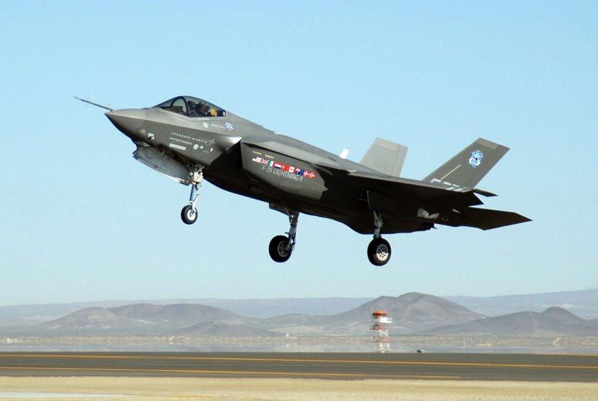 САЩ отстрани Турция от програмата за F-35