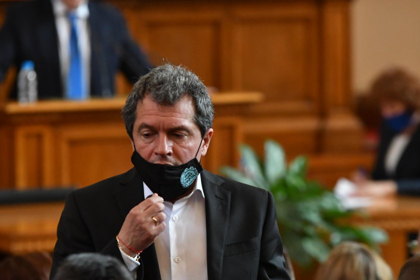 Тошко Йорданов упорства: Ще обявим намеренията си след получаване на мандата