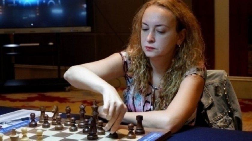 Каква шахматистка, бе, Дълъг, дай някой табладжия или шампион на белот