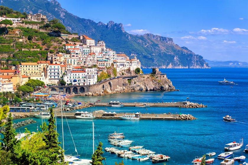 Италия чака туристи от средата на май