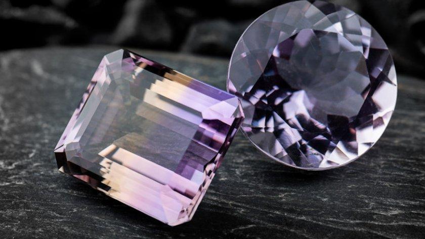 Pandora спира да използва добити от мини диаманти