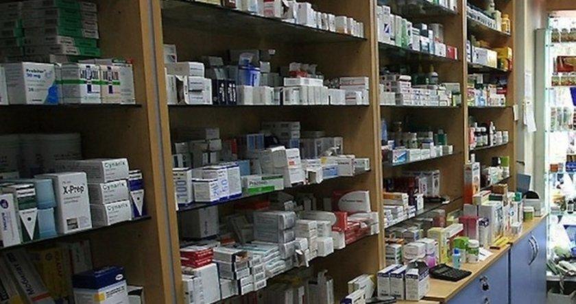 Аптекари: Спре ли интернет, няма рецепта