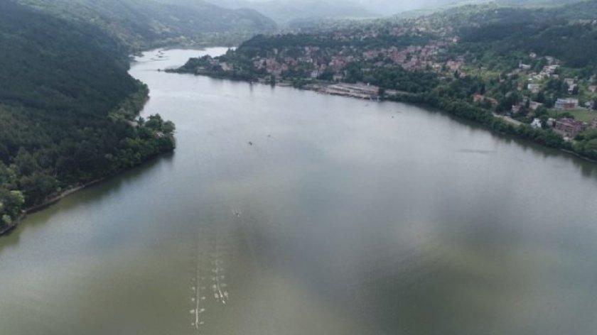 Олимпийска шампионка чисти Панчаревското езеро