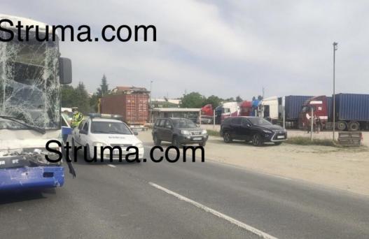 Тир и рейс се нанизаха край Сандански