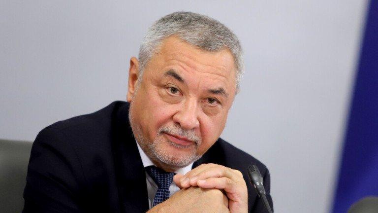 Валери Симеонов приел идеята за листи без лидери