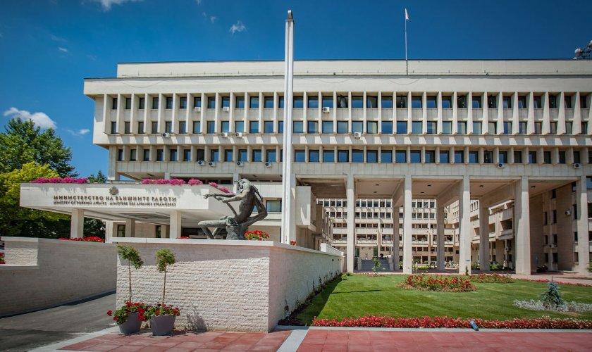 Външното министерство започна организацията за изборите на 11 юли