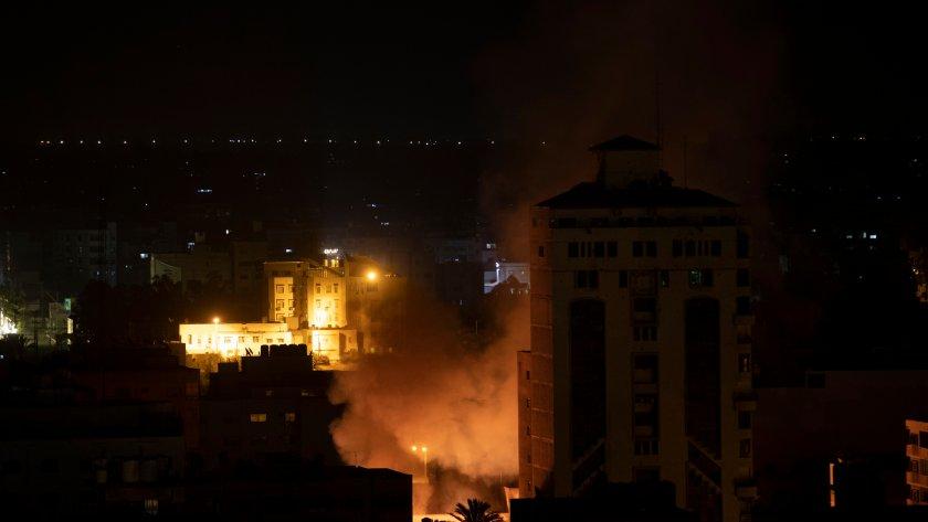 12 загинали при експлозия в джамия в Афганистан
