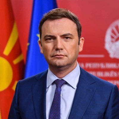 Македонският външен министър: Още има шанс да се разберем с България