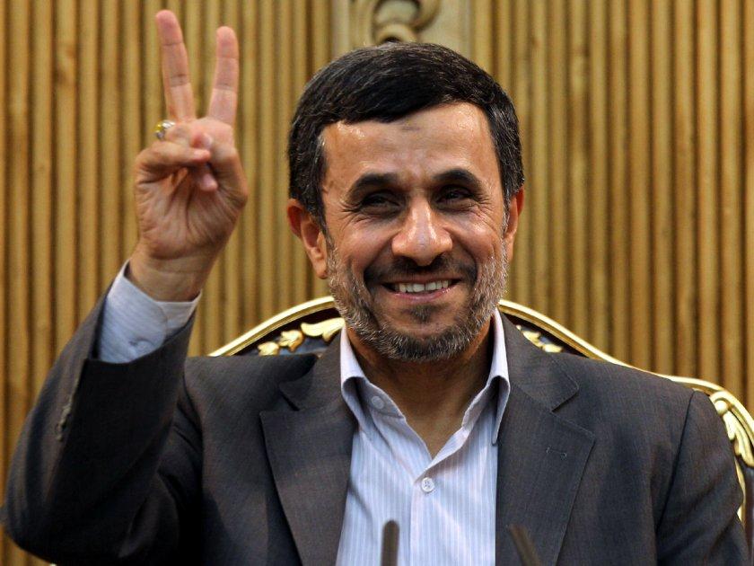 Ахмадинеджад пак драпа за президент на Иран