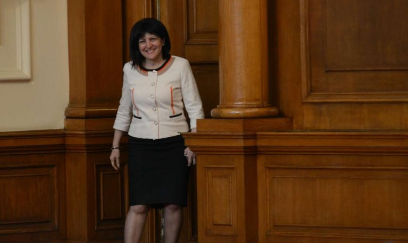 Караянчева - първият шеф на НС с реч пред руския парламент