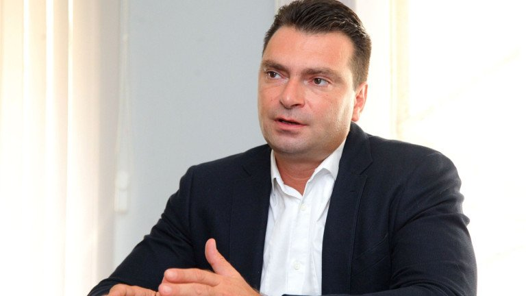 Калоян Паргов нападна ГЕРБ за потопа в София