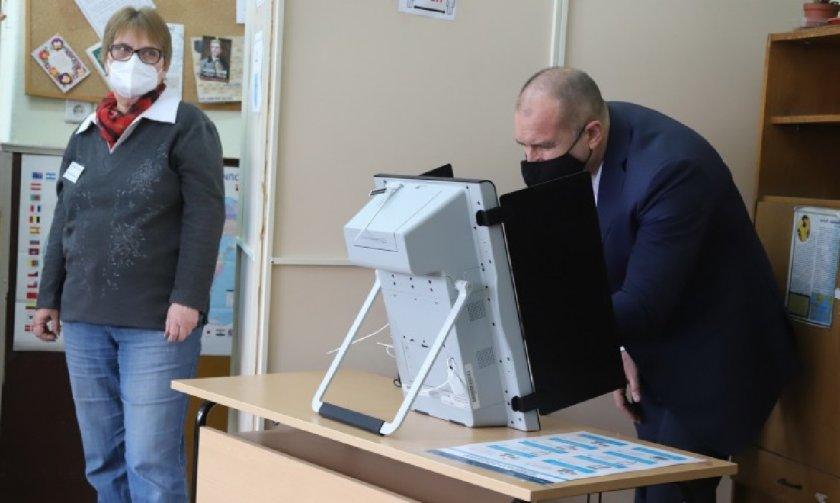 Отворено писмо до ЦИК: Машините ще доведат до фалшифициране на вота!