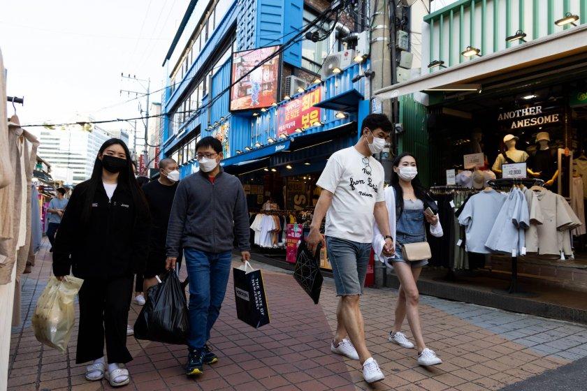 Южна Корея с нова система за социално дистанциране