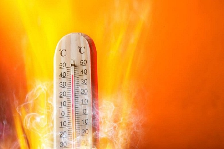 Жълт код за адски жеги в 16 области