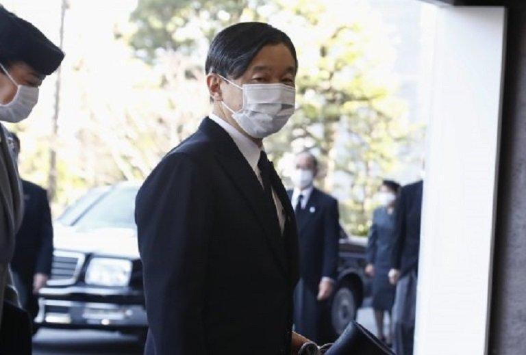 """Император Нарухито притеснен за """"Токио 2020"""""""