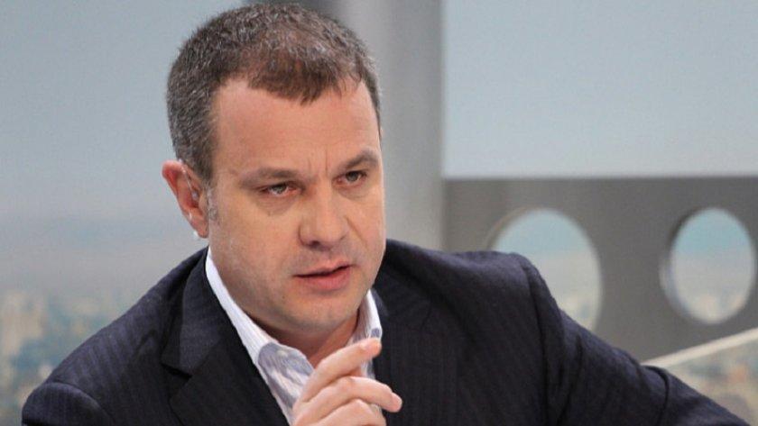 Емил Кошлуков подаде сигнал срещу Минеков