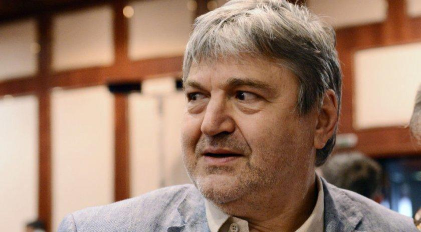 Петьо Блъсков: Слави прави цирк!