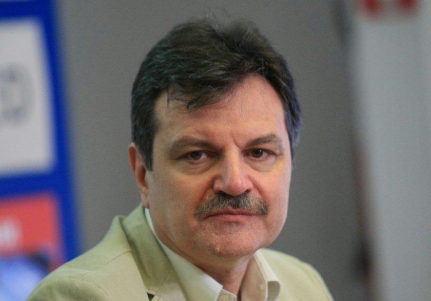 Д-р Симидчиев: Голяма част от населението ни е незащитено от COVID-19