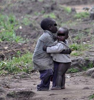 Похитители пуснаха 28 деца, оставиха в плен 81