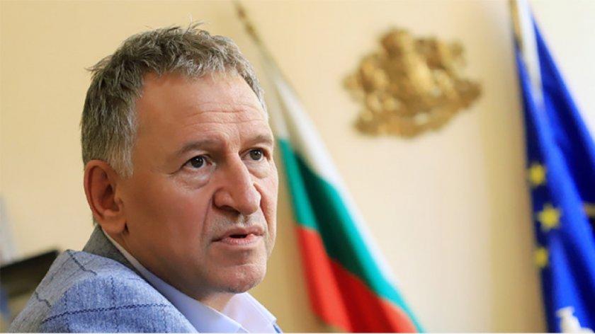 Стойчо Кацаров: Ваксинацията за Covid трябва да остане доброволна