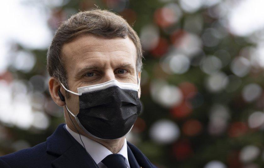 Макрон: Вирусът няма да стихне от протестите