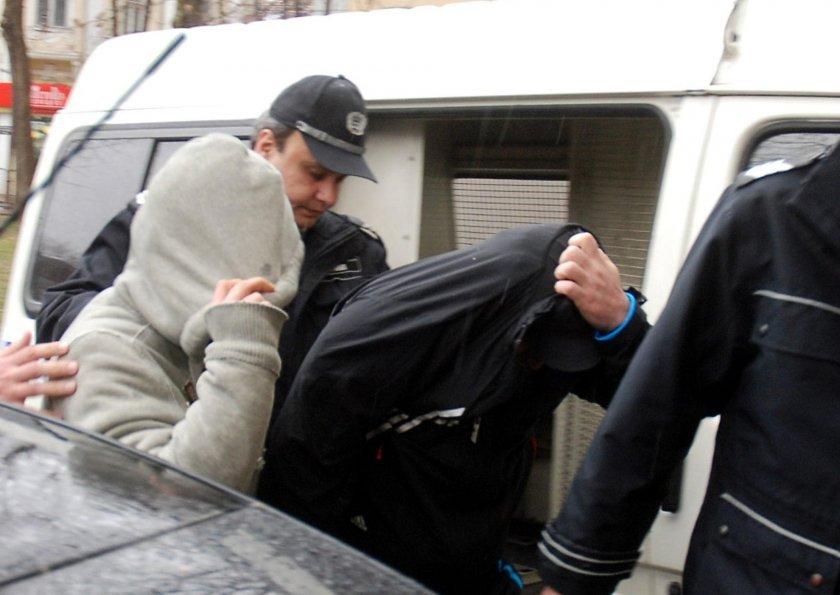 Четирима хакери задържани в София