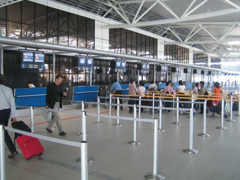 Ковид лаборатория отваря врати на летището