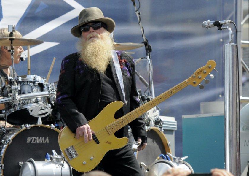 Почина басистът на Зи Зи Топ Дъсти Хил