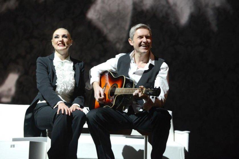 Даниел Цочев пее песните на Емил Димитров на Sofia Summer Fest