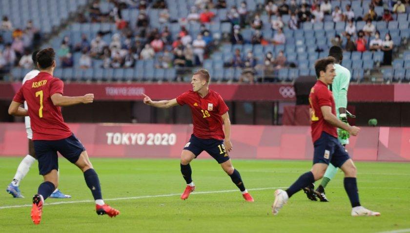 Испания e на 1/2-финал след продължения и седем гола