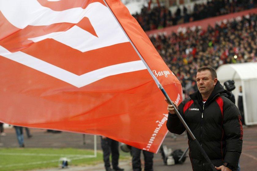 Стойчо Младенов от Латвия: Резки промени няма да правя, ще се съобразя с играта досега