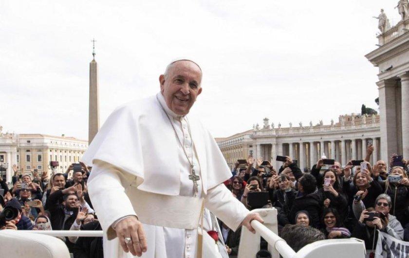 """Папата поиска """"нулев глад"""""""