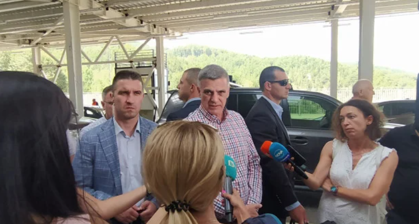 Премиерът: До края на годината пускат коли през ГКПП - Рудозем