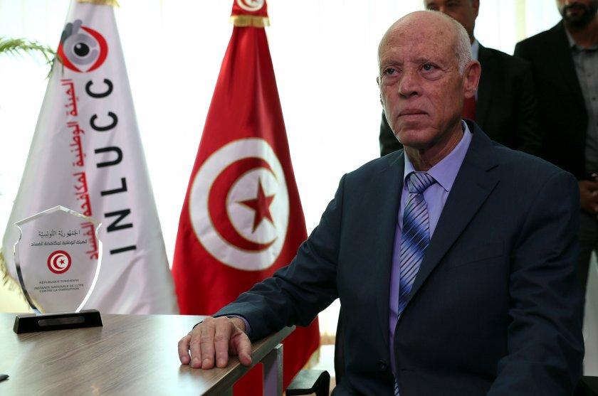 Президентът на Тунис: Няма да се превърна в диктатор