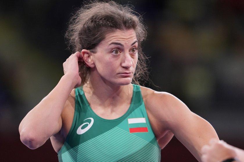 Ева Николова донесе нов медал за България - бронз в борбата