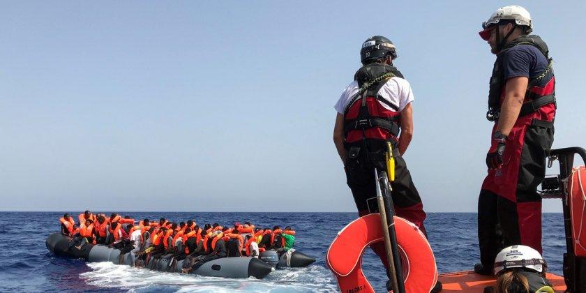 Рекорден брой мигранти прекосиха Ламанша
