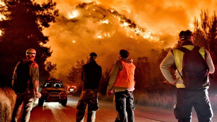 Лошо: Пожарът в Атина се разраства