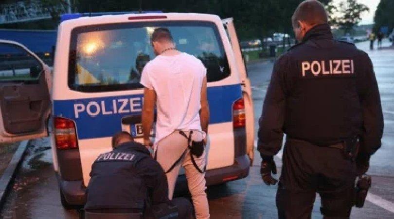 160 години ще лежи в затвора в Германия българин