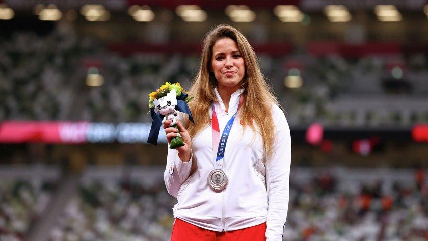 Благородно: Олимпийска медалистка продаде отличието си, за да помогне на дете